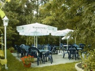 Restaurant Dionysos, Ihr Grieche in Kellinghusen und Umgebung - Biergarten und Sommerterrasse